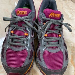 Asics T3G7N Trail shoe Women's 6.5 Raspberry/gray